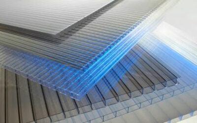 در سقف سوله ها برای تامین روشنایی روز از ورق های پلی کربنات استفاده می شود